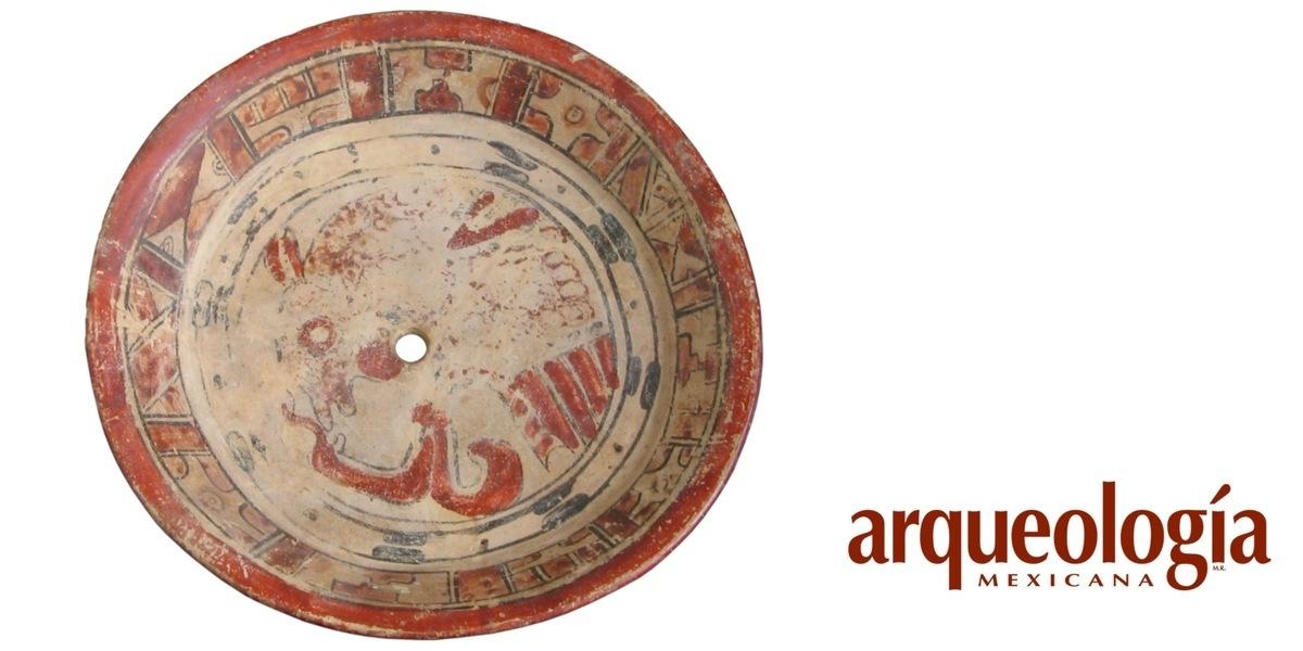 Restauración de cerámica arqueológica. Uniendo fragmentos para entender el pasado