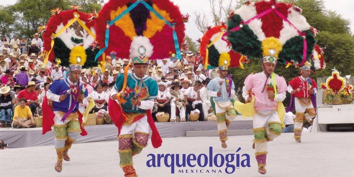 La Guelaguetza y las Fiestas de los Lunes del Cerro