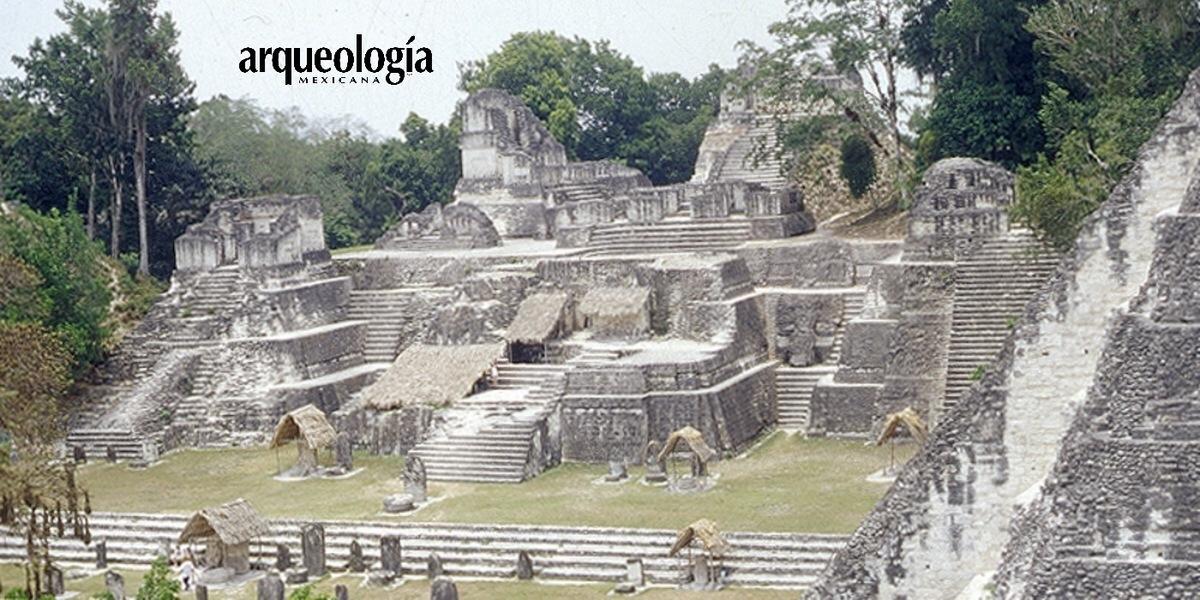 Urbanizaci n y ceremonialismo en tikal arqueolog a mexicana for Las construcciones de los mayas