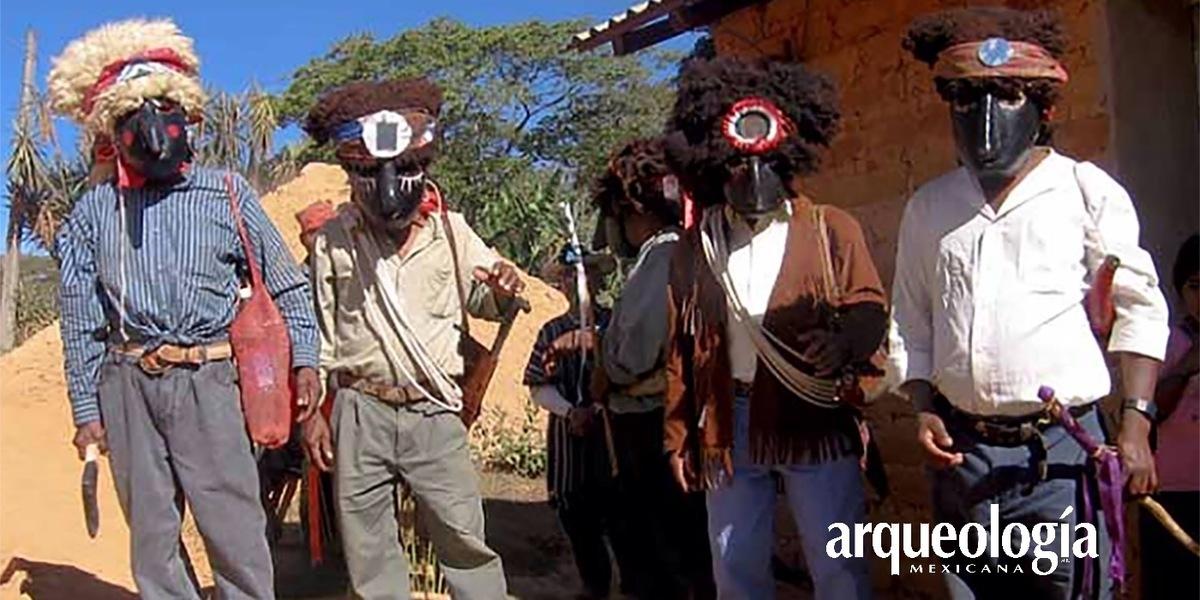 Fiestas y danzas en la Montaña de Guerrero. Tradiciones culturales mè'phàà en Colombia de Guadalupe,
