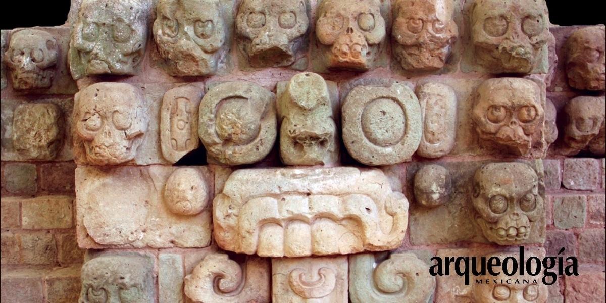"""Los """"andamios de cráneos"""" entre los antiguos mayas"""