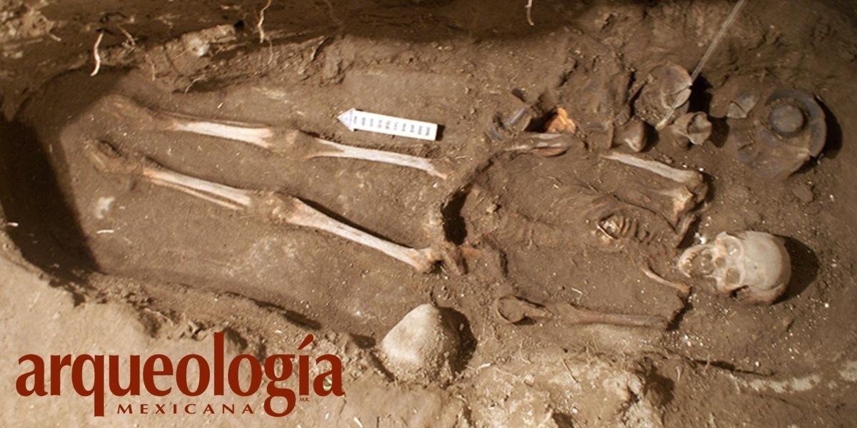 Entierro de una mujer en Teotihuacan, Estado de México