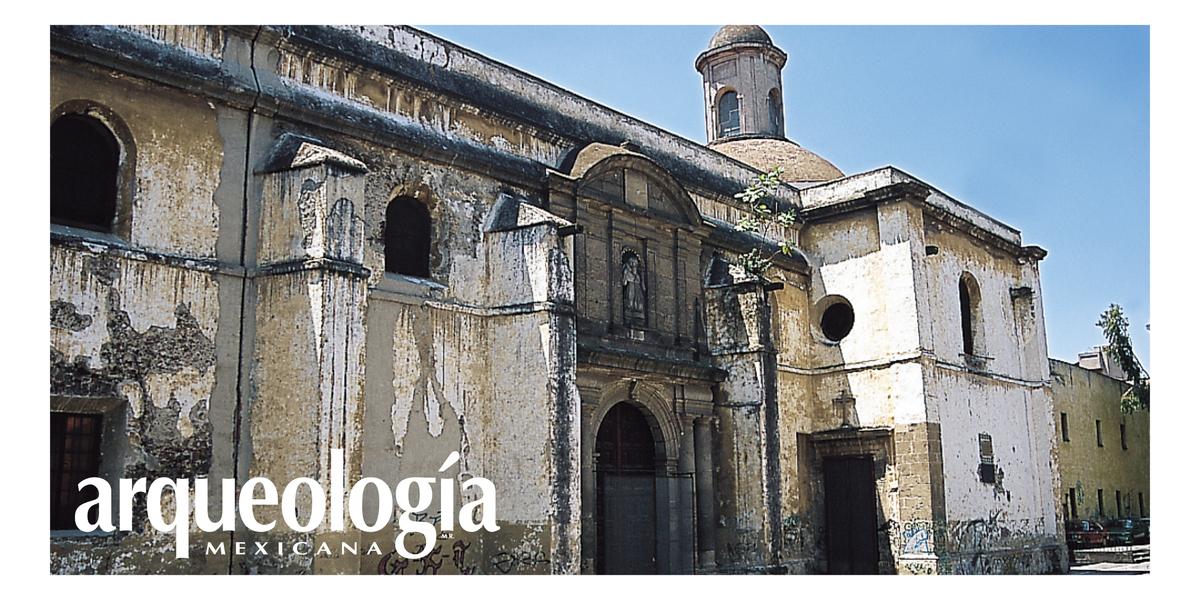 Las enfermedades óseas en la época virreinal. Dos entierros del ex convento de San Jerónimo