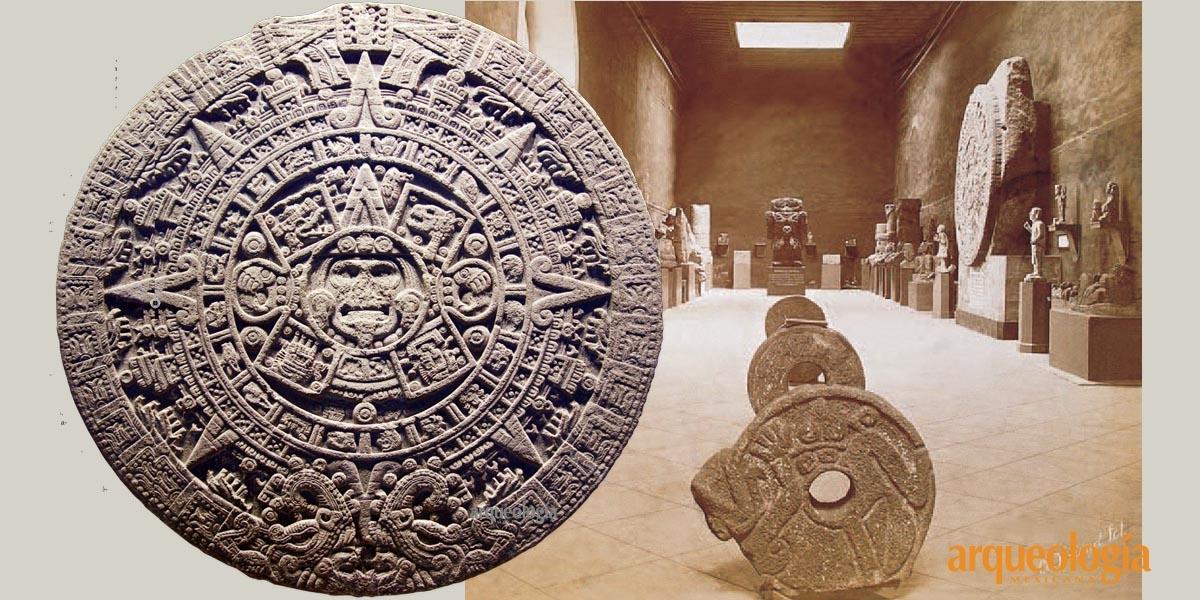 Los españoles entierran la Piedra del Sol