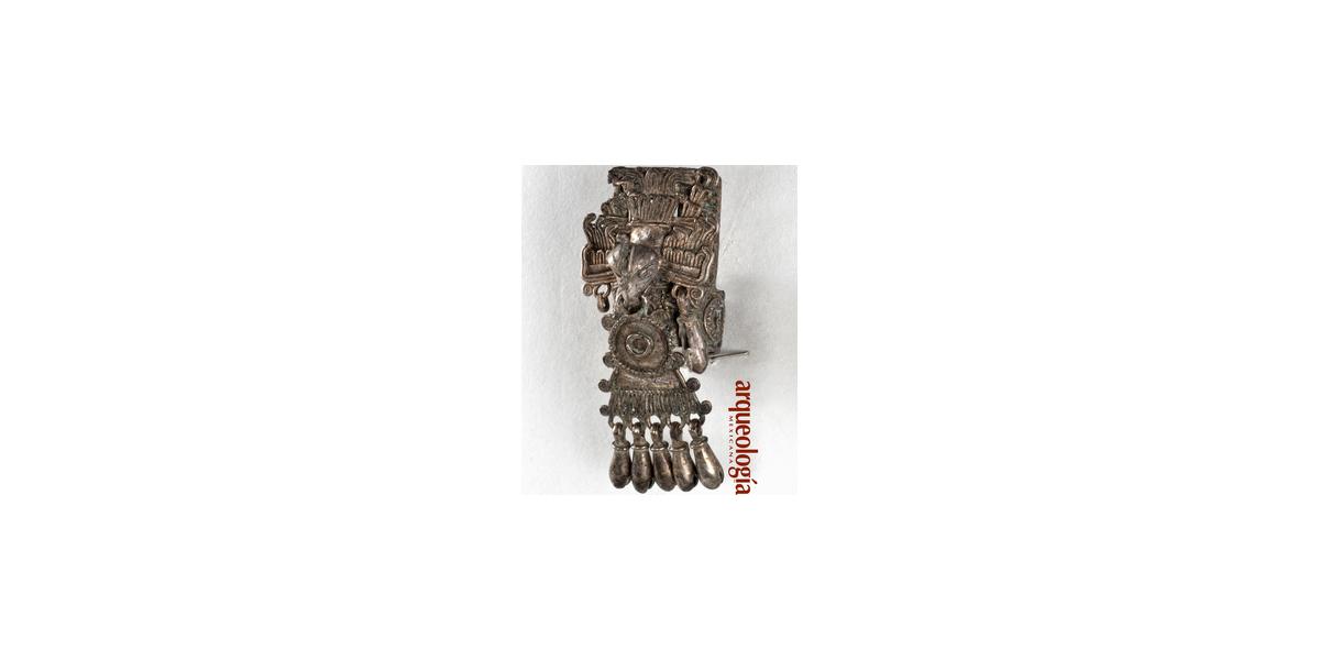 Un anillo de plata de la Tumba 7 de Monte Albán, Oaxaca