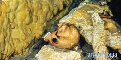 El Cenote Holtún y la arqueología de cuevas mayas