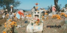 Ofrendas  y calaveras. Celebración de los días de Muertos en el México actual