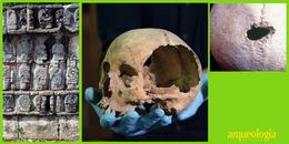 Cráneos en los tzompantli